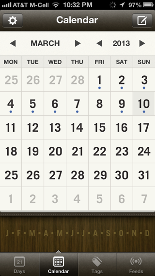 Momento iPhone calendar screenshot